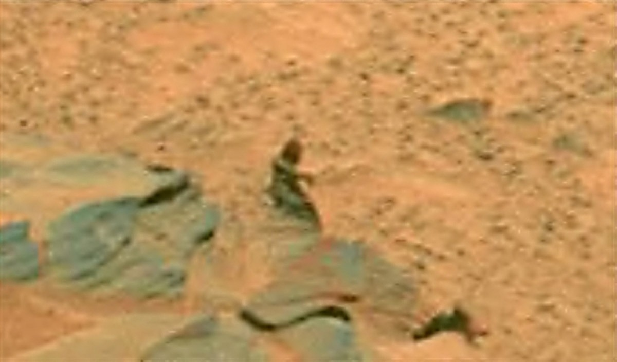 reptilians in MARS (1)